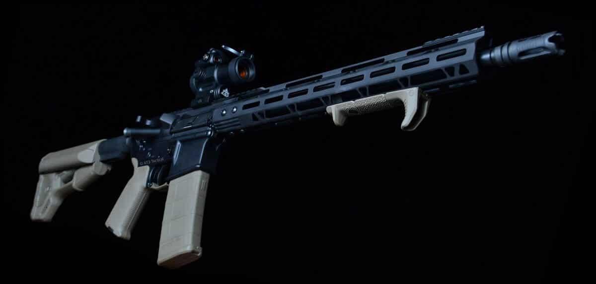 AT3™ PROLOK M-LOK™ AR-15 Free Float Handguard Night Shot